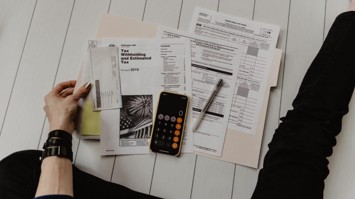Transakcje online – jakie dane można podawać przy przelewie?