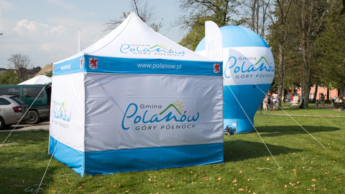 W jaki sposób namioty reklamowe zwiększają sprzedaż?